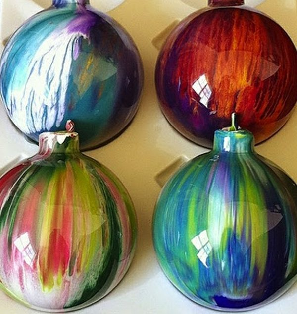 DIY Christmas Ornaments Acrylic Paint