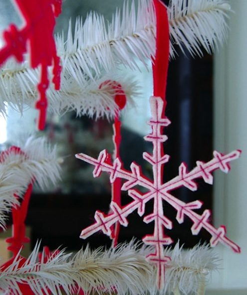 DIY Christmas Ornaments Snowflakes