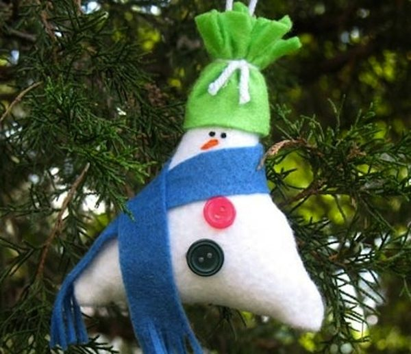 DIY Christmas Ornaments Stuffed Snowman